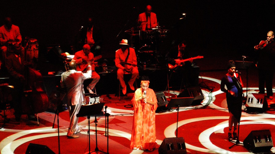 Omara Portuondo & Orquesta Buena Vista Social Club - Photo © Deborah Swain