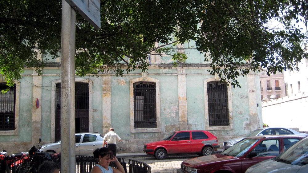 Casa San Ignacio and Chacón